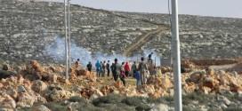 الاحتلال يخطر مجلس قصرة بهدم شبكة كهرباء جنوب القرية