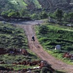صورة الحاج أبو محمد عائداً من أرضه على حماره (الصورة قبل عامين)