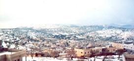 صورة قديمة للقرية في الثلج